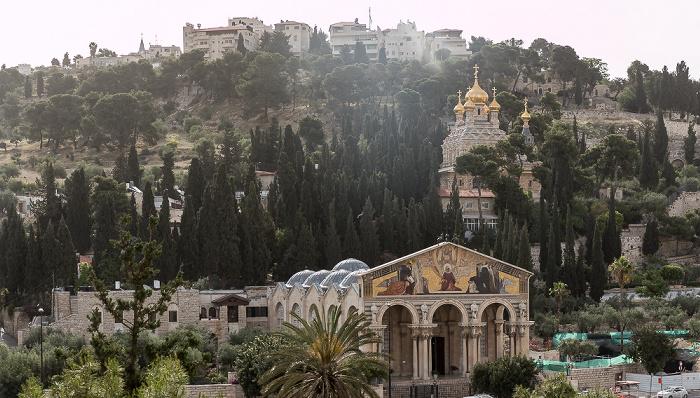 Jerusalem Kidrontal: Kirche aller Nationen (Todesangstbasilika, Basilica Agoniae Domini) (unten), Maria-Magdalena-Kirche Ölberg