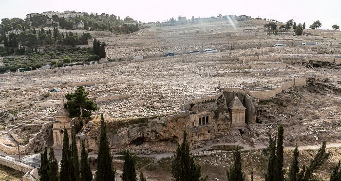 Jerusalem Kidrontal / Ölberg: Jüdischer Friedhof Grab der Bnei Hesir Grab des Zacharias Grabmal des Abschalom
