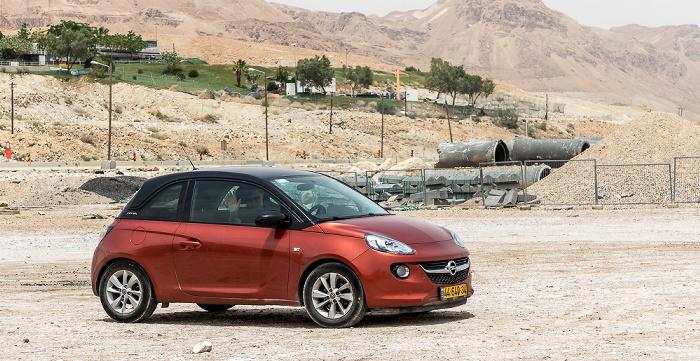 En Bokek Opel Adam