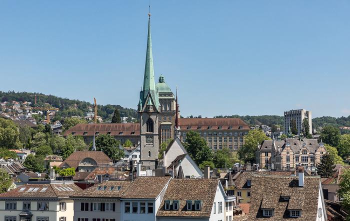 Altstadt - Blick vom Lindenhof: Niederdorf (Dörfli) mit Predigerkirche und Hauptgebäude der Universität Zürich Zürich