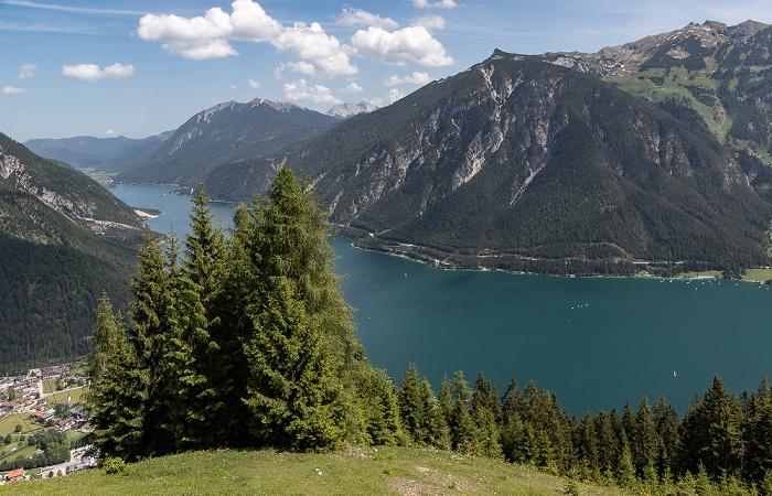 Zwölferkopf Achensee, Brandenberger Alpen (mit Unnütze (links) und Rofangebirge)