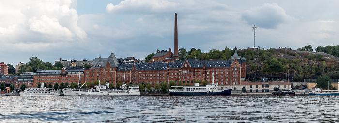 Stockholm Riddarfjärden (Mälaren), Södermalm mit Münchenbryggeriet und Skinnarviksberget
