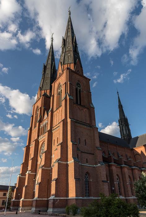 Domkyrkoplan: Dom St. Erik (Uppsala domkyrka)