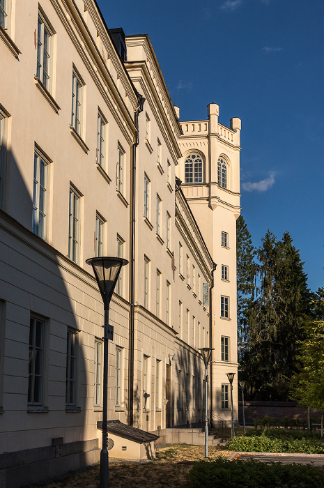 Universität Uppsala: Campus Engelska Parken - Philologicum