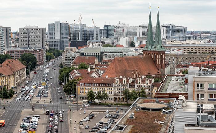 Blick aus dem Motel One Alexanderplatz: Nikolaikirche Berlin