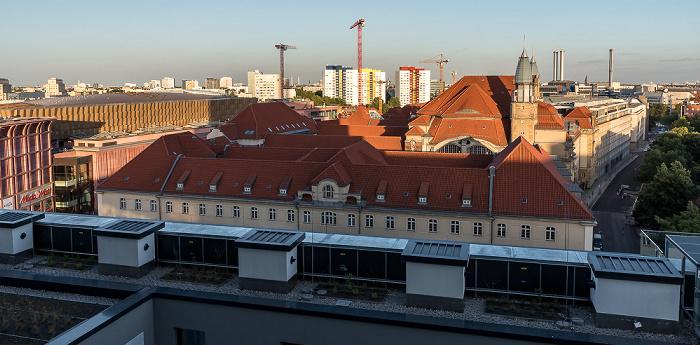 Blick aus dem Motel One Alexanderplatz: Geschäftsgebäude für die Zivilabteilungen des Landgerichts Berlin I und des Amtsgerichts Berlin I Berlin