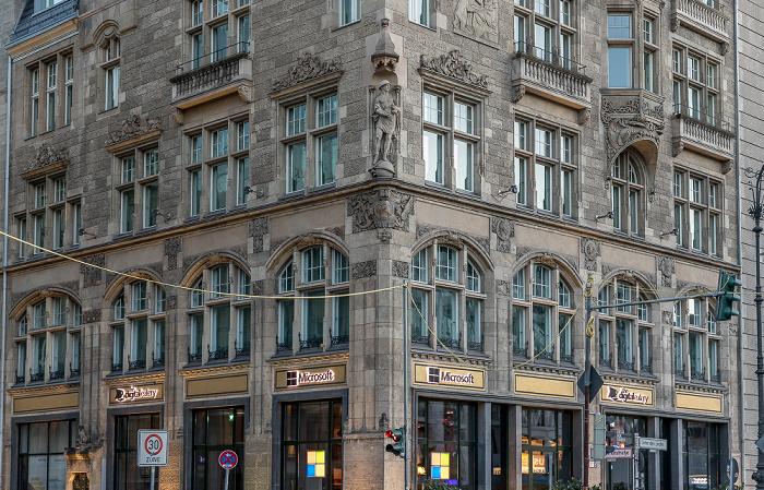 Unter den Linden / Charlottenstraße Berlin