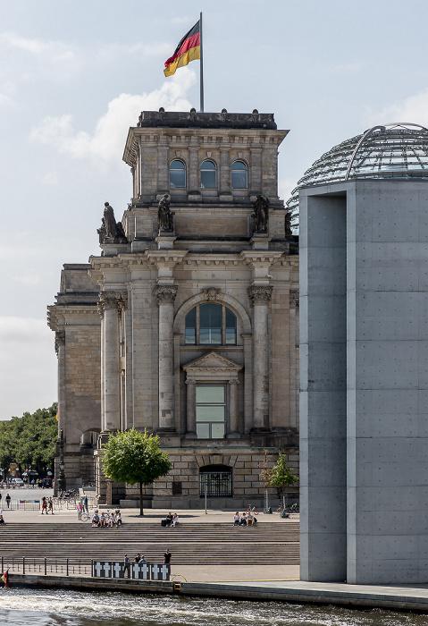 Spree, Paul-Löbe-Haus, Friedrich-Ebert-Platz, Reichstagsgebäude Berlin