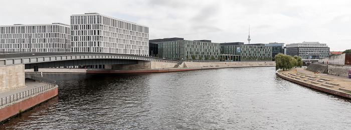 Spree, Hugo-Preuß-Brücke, Kapelle-Ufer, Ludwig-Erhard-Ufer Berlin