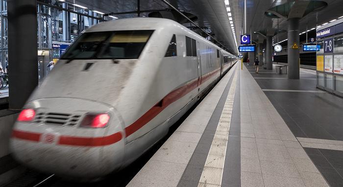 Hauptbahnhof: ICE Berlin - Hamburg
