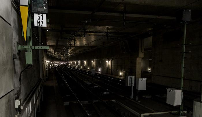 Hauptbahnhof: Tunnel in Richtung Potsdamer Platz Berlin