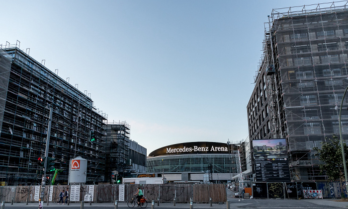 Friedrichshain: Mühlenstraße / Mercedes-Platz Berlin 2018