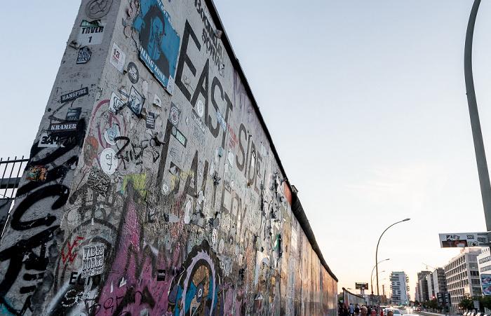 Friedrichshain: East Side Gallery an der Mühlenstraße Berlin 2018