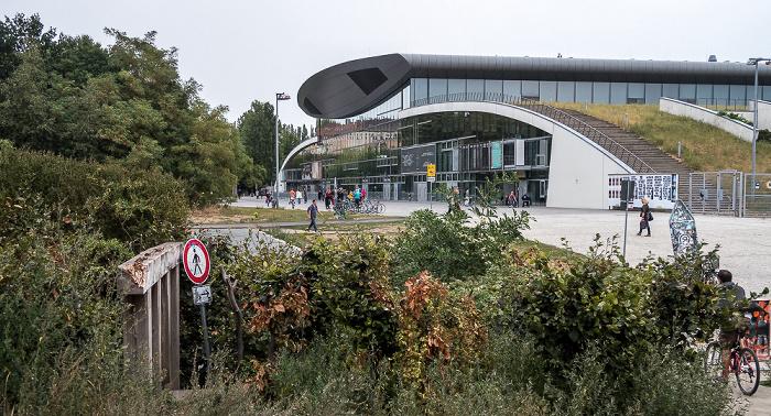 Prenzlauer Berg: Mauerpark, Friedrich-Ludwig-Jahn-Sportpark mit Max-Schmeling-Halle Berlin