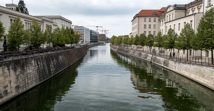 Blick von der Sandkrugbrücke (Invalidenstraße): Berlin-Spandauer Schifffahrtskanal (Hohenzollernkanal) Berlin