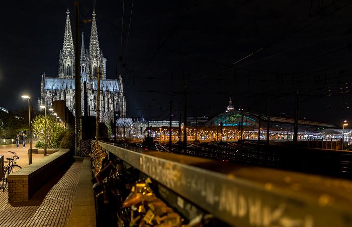 Kölner Dom, Hauptbahnhof