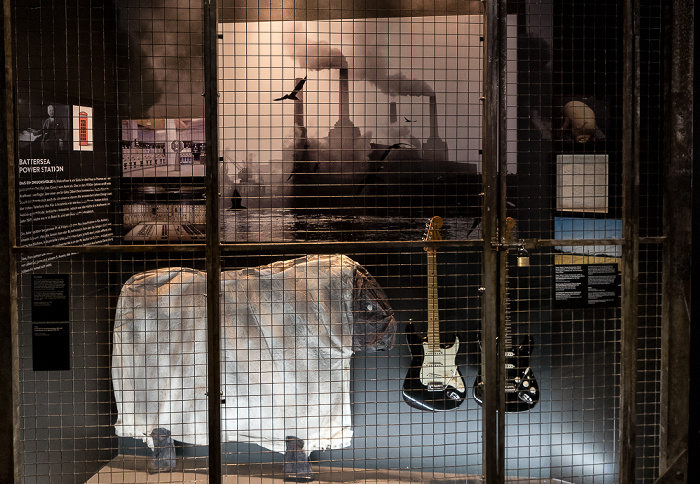 Dortmunder U: The Pink Floyd Exhibition Their Mortal Remains - Animals