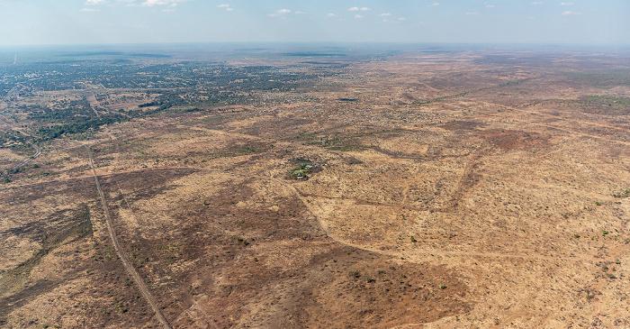 Livingstone Blick aus dem Hubschrauber: Southern Province (Sambia) Luftbild aerial photo