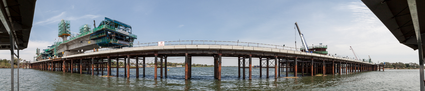 Kazungula Bridge über den Sambesi am Vierländereck Botswana / Namibia / Sambia / Simbabwe