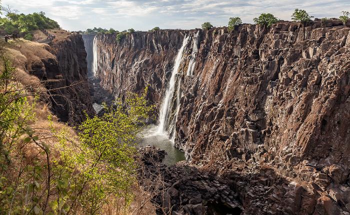 Mosi-oa-Tunya National Park Victoriafälle, Sambesi (First Gorge)