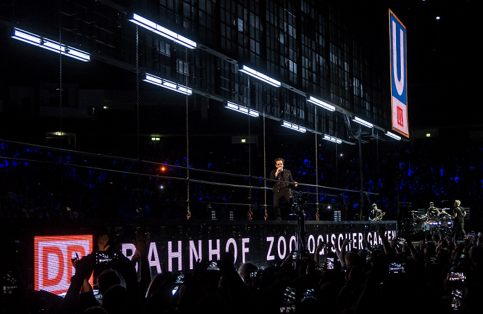 Mercedes-Benz Arena: U2 Berlin 2018