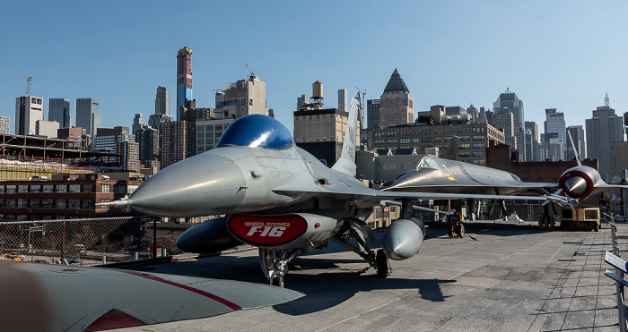 Intrepid Sea, Air & Space Museum: General Dynamics F-16 Fighting Falcon New York City