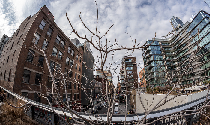 New York City Chelsea: High Line Park, West 27th Street 520 West 28th Street by Zaha Hadid