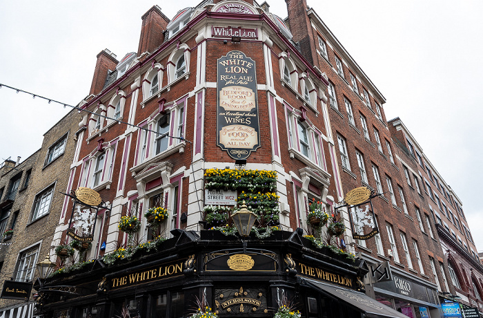 Covent Garden: Floral Street / James Street - The White Lion London