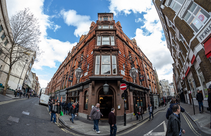Soho: Brewer Street / Great Windmill Street - Duke Of Argyll London