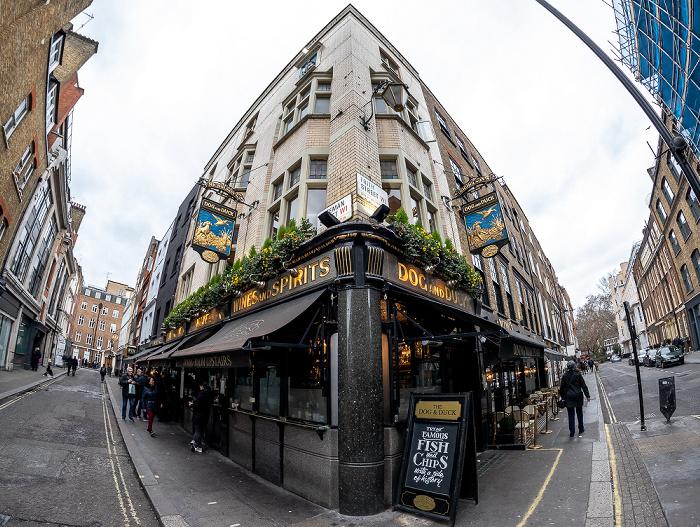 London Soho: Bateman Street / Frith Street: The Dog and Duck