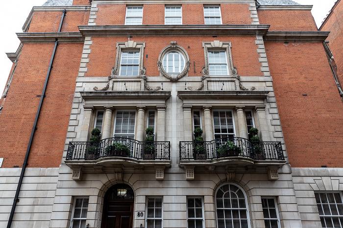 London Mayfair: Gilbert Street