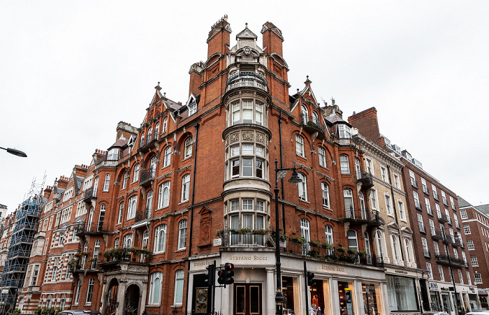 Mayfair: Mount Street / South Audley Street - Audley Mansions London