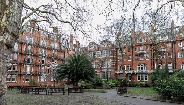 London Mayfair: Mount Street Gardens