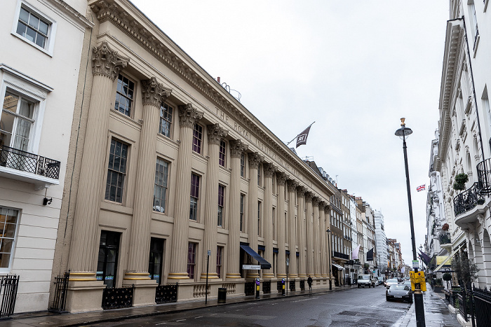 Mayfair: Albemarie Street - Royal Institution of Great Britain London