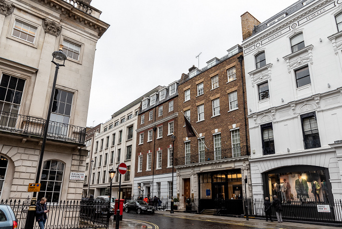 Mayfair: Burlington Gardens / Savile Row London