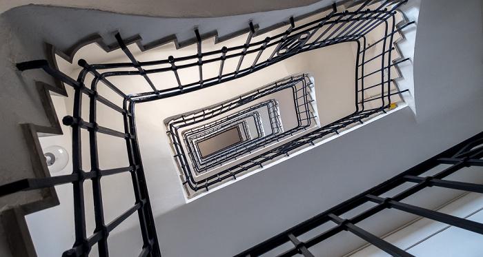 Hauptzollamt: Treppenhaus München