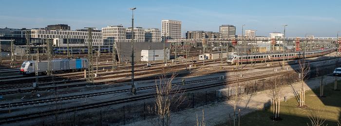 Blick von der Donnersbergerbrücke: Bahnstrecke Hauptbahnhof - Pasing, Arnulfpark München