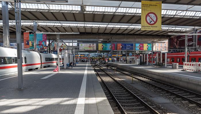 Hauptbahnhof: Haupthalle (Bahnsteighalle) München