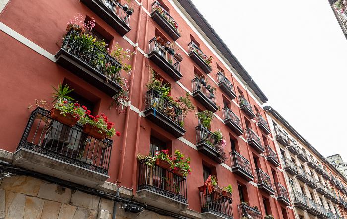 Casco Viejo: Calle de la Esperanza (Itxaropen Kalea) Bilbao