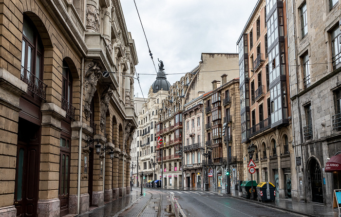 Bilbao Casco Viejo: Calle de la Ribera (Erribera Kalea)
