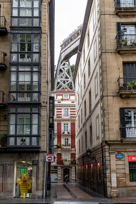 Bilbao Casco Viejo: Travesía de la Estufa (Estufa Zeharkalea) Ascensor de Begoña