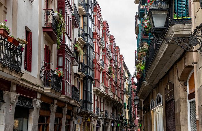 Bilbao Casco Viejo: Calle Sombrereria (Kapelagile Kalea)