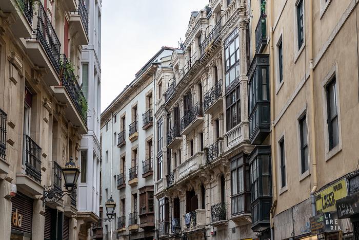 Casco Viejo: Calle Banco de España (Banco de España Kalea) Bilbao