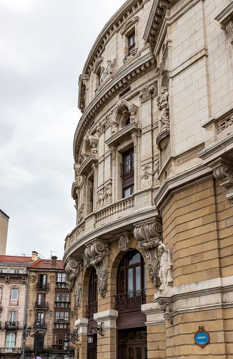 Casco Viejo: Teatro Arriaga Bilbao