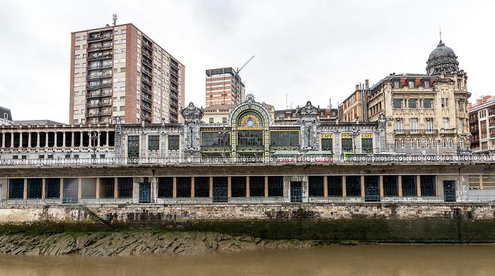 Ría de Bilbao, Abando mit dem Estación de Bilbao Concordia