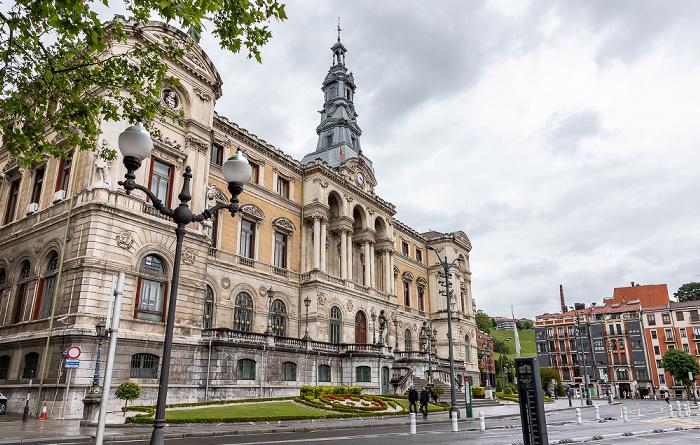 Uríbarri: Casa consistorial de Bilbao Bilbao