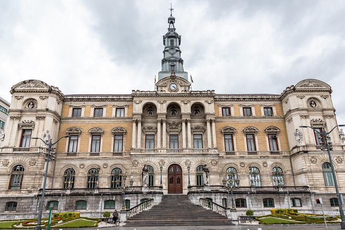 Uríbarri: Casa consistorial de Bilbao
