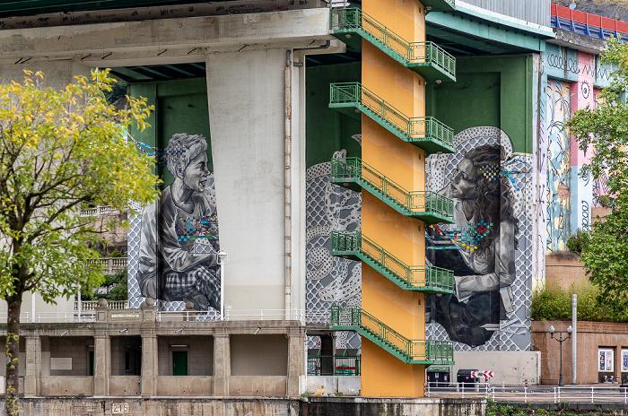 Uríbarri: Puente de La Salve Bilbao