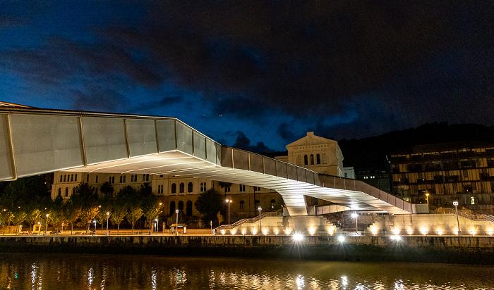 Ría de Bilbao, Pasarela Pedro Arrupe, Uríbarri mit der Universidad de Deusto Bilbao