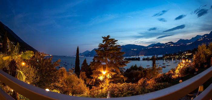 Blick aus dem Hotel Villa Orizzonte: Gardasee Malcesine